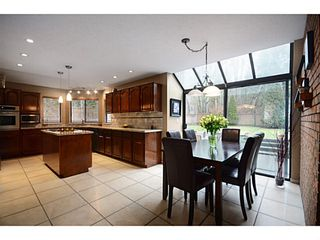"""Photo 7: 2012 MEADOWOOD PK in Burnaby: Forest Hills BN House for sale in """"FOREST HILLS"""" (Burnaby North)  : MLS®# V1044872"""