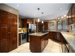 """Photo 6: 2012 MEADOWOOD PK in Burnaby: Forest Hills BN House for sale in """"FOREST HILLS"""" (Burnaby North)  : MLS®# V1044872"""