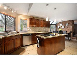 """Photo 5: 2012 MEADOWOOD PK in Burnaby: Forest Hills BN House for sale in """"FOREST HILLS"""" (Burnaby North)  : MLS®# V1044872"""