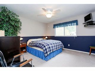 Photo 11: 9211 PRINCE CHARLES Boulevard in Surrey: Queen Mary Park Surrey House for sale : MLS®# F1409362