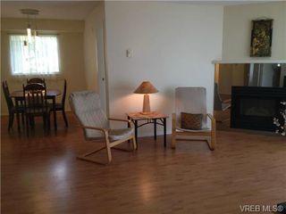 Photo 4: 205 3206 Alder St in VICTORIA: SE Quadra Condo for sale (Saanich East)  : MLS®# 673559