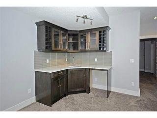 Photo 14: 302 31 Avenue NE in Calgary: Tuxedo House for sale : MLS®# C3649453
