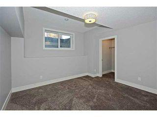 Photo 15: 302 31 Avenue NE in Calgary: Tuxedo House for sale : MLS®# C3649453