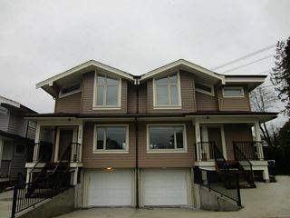 Photo 2: 7381 STRIDE Avenue in Burnaby: Edmonds BE 1/2 Duplex for sale (Burnaby East)  : MLS®# V1100560