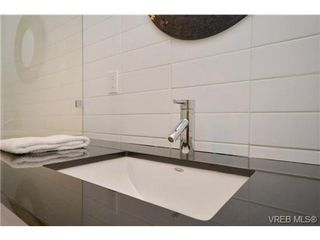 Photo 11: 1005 327 Maitland St in VICTORIA: VW Victoria West Condo Apartment for sale (Victoria West)  : MLS®# 690420