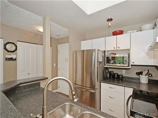 Photo 12: 306 971 McKenzie Ave in VICTORIA: SE Quadra Condo Apartment for sale (Saanich East)  : MLS®# 696676