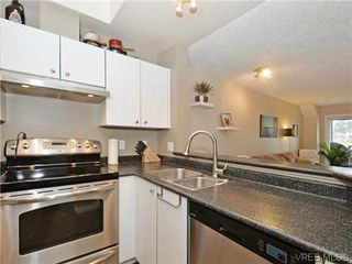 Photo 10: 306 971 McKenzie Ave in VICTORIA: SE Quadra Condo Apartment for sale (Saanich East)  : MLS®# 696676