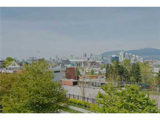 Photo 10: 312 440 5TH Ave E in Vancouver East: Mount Pleasant VE Home for sale ()  : MLS®# V1003966