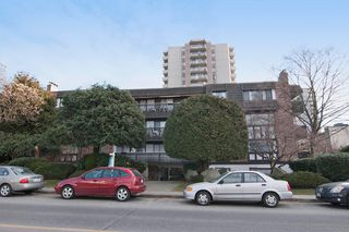 "Photo 13: 101 1610 CHESTERFIELD Avenue in North Vancouver: Central Lonsdale Condo for sale in ""CANTERBURY HOUSE"" : MLS®# V1138448"