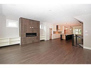 Photo 11: 2116 17A Street SW in Calgary: Bankview House for sale : MLS®# C4027645