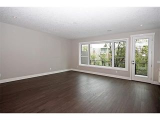 Photo 13: 2116 17A Street SW in Calgary: Bankview House for sale : MLS®# C4027645