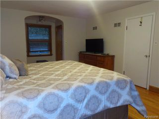 Photo 11: 528 Niagara Street in WINNIPEG: River Heights / Tuxedo / Linden Woods Residential for sale (South Winnipeg)  : MLS®# 1526616