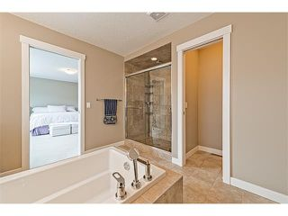 Photo 33: 14 ROCKFORD Road NW in Calgary: Rocky Ridge House for sale : MLS®# C4048682