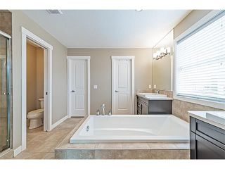 Photo 32: 14 ROCKFORD Road NW in Calgary: Rocky Ridge House for sale : MLS®# C4048682