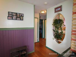 Photo 11: 1739 Lewis Ave in COURTENAY: CV Courtenay City House for sale (Comox Valley)  : MLS®# 728145
