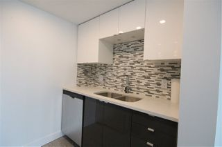 Photo 3: 2504 1188 HOWE Street in Vancouver: Downtown VW Condo for sale (Vancouver West)  : MLS®# R2060444