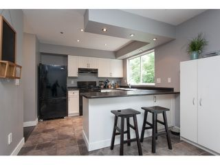 "Photo 7: 27 3087 IMMEL Street in Abbotsford: Central Abbotsford Townhouse for sale in ""Clayburn Estates"" : MLS®# R2065106"