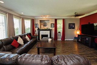 "Photo 3: 8144 TOPPER Drive in Mission: Mission BC House for sale in ""College Heights"" : MLS®# R2065239"