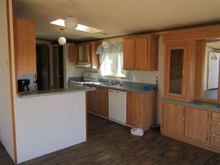 Photo 3: 2476 WILLOW Drive: 70 Mile House Manufactured Home for sale (100 Mile House (Zone 10))  : MLS®# R2147135