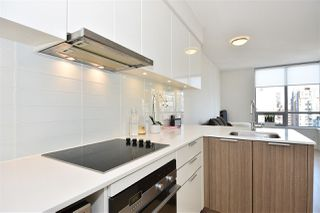 "Photo 7: 2005 1308 HORNBY Street in Vancouver: Downtown VW Condo for sale in ""SALT"" (Vancouver West)  : MLS®# R2153250"