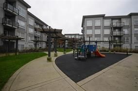 "Photo 4: 415 13733 107A Avenue in Surrey: Whalley Condo for sale in ""QUATTRO"" (North Surrey)  : MLS®# R2154205"