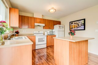 Photo 8: 6 5255 201A Street in Langley: Langley City Townhouse for sale : MLS®# R2160090