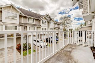 Photo 3: 6 5255 201A Street in Langley: Langley City Townhouse for sale : MLS®# R2160090