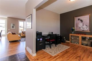 Photo 3: 290 DISCOVERY RIDGE Way SW in Calgary: Discovery Ridge House for sale : MLS®# C4119304