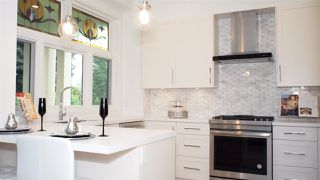 "Main Photo: 1830 W 12TH Avenue in Vancouver: Kitsilano Townhouse for sale in ""THE FOX HOUSE"" (Vancouver West)  : MLS®# R2177800"