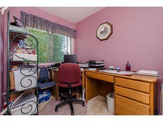 """Photo 18: 9 3632 BULKLEY Drive in Abbotsford: Abbotsford East Townhouse for sale in """"Laurentian Green"""" : MLS®# R2181106"""