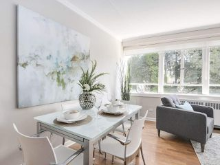"""Photo 12: 601 1445 MARPOLE Avenue in Vancouver: Fairview VW Condo for sale in """"HYCROFT TOWERS"""" (Vancouver West)  : MLS®# R2209267"""