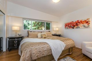 Photo 9: 5015 SHIRLEY AVENUE in North Vancouver: Canyon Heights NV House for sale : MLS®# R2210328