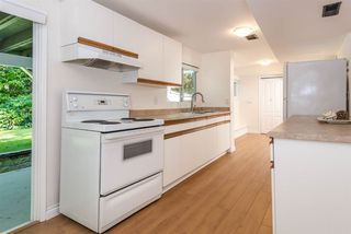 Photo 14: 5015 SHIRLEY AVENUE in North Vancouver: Canyon Heights NV House for sale : MLS®# R2210328