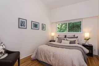Photo 13: 5015 SHIRLEY AVENUE in North Vancouver: Canyon Heights NV House for sale : MLS®# R2210328