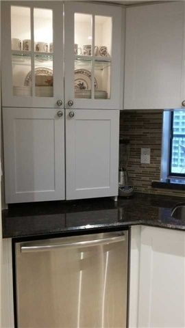 Photo 9: 77 Maitland Pl Unit #1204 in Toronto: Cabbagetown-South St. James Town Condo for sale (Toronto C08)  : MLS®# C4017092