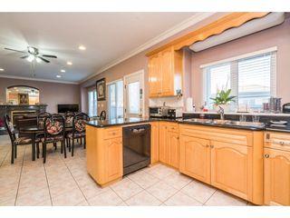 "Photo 10: 6756 RALEIGH Street in Vancouver: Killarney VE House for sale in ""Killarney"" (Vancouver East)  : MLS®# R2238937"