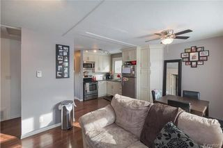 Photo 2: 413 Kildare Avenue West in Winnipeg: West Transcona Residential for sale (3L)  : MLS®# 1803371