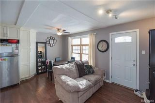 Photo 3: 413 Kildare Avenue West in Winnipeg: West Transcona Residential for sale (3L)  : MLS®# 1803371