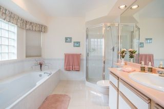 "Photo 16: 12951 19A Avenue in Surrey: Crescent Bch Ocean Pk. House for sale in ""Ocean Park"" (South Surrey White Rock)  : MLS®# R2244975"
