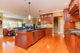 Photo 7: 3664 Seashell Place in VICTORIA: Co Royal Bay Single Family Detached for sale (Colwood)  : MLS®# 397472