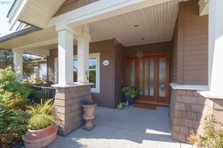 Photo 2: 3664 Seashell Place in VICTORIA: Co Royal Bay Single Family Detached for sale (Colwood)  : MLS®# 397472