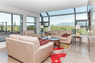 "Photo 1: 10 5389 VINE Street in Vancouver: Kerrisdale Condo for sale in ""Chelsea Court"" (Vancouver West)  : MLS®# R2298067"