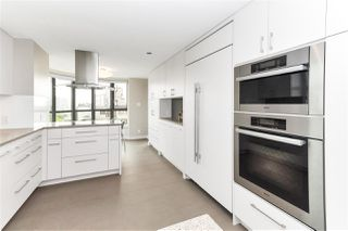 "Photo 3: 10 5389 VINE Street in Vancouver: Kerrisdale Condo for sale in ""Chelsea Court"" (Vancouver West)  : MLS®# R2298067"