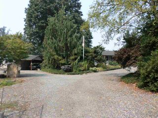 "Photo 2: 26863 20 Avenue in Langley: Otter District House for sale in ""SOUTH ALDERGROVE"" : MLS®# R2298651"