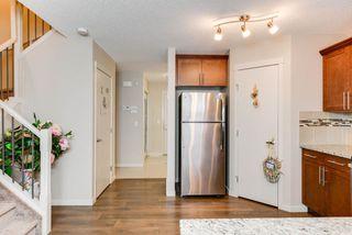 Photo 5: 17304 73 Street in Edmonton: Zone 28 House Half Duplex for sale : MLS®# E4141264