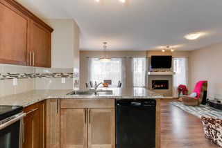 Photo 7: 17304 73 Street in Edmonton: Zone 28 House Half Duplex for sale : MLS®# E4141264