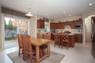 """Photo 6: 21036 86A Avenue in Langley: Walnut Grove House for sale in """"Manor Park"""" : MLS®# R2336504"""