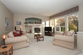 """Photo 9: 21036 86A Avenue in Langley: Walnut Grove House for sale in """"Manor Park"""" : MLS®# R2336504"""