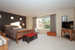 """Photo 10: 21036 86A Avenue in Langley: Walnut Grove House for sale in """"Manor Park"""" : MLS®# R2336504"""