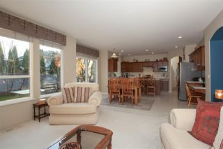 """Photo 8: 21036 86A Avenue in Langley: Walnut Grove House for sale in """"Manor Park"""" : MLS®# R2336504"""